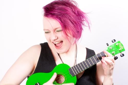 Maia Jern (foto: Glenruben Engen): https://soundcloud.com/maia-jern